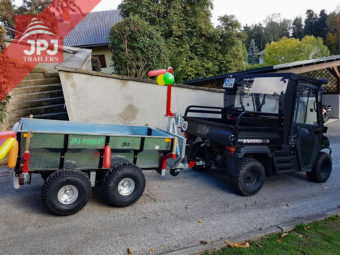 UTV Fahrzeug und ATV Trailer Profi Arbeiter
